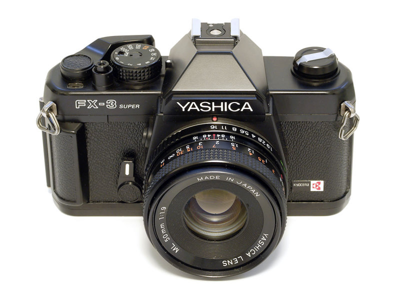 -YASHICA FX3 SUPER